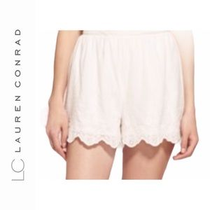 NWT Lauren Conrad Scalloped Soft Shorts
